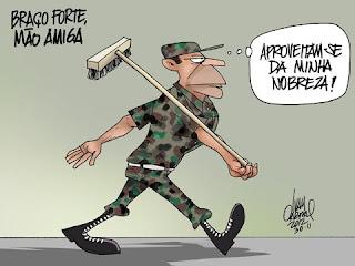 Resultado de imagem para charges . exército