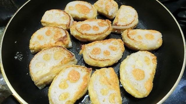 フライパンにサラダ油を熱し、手順5を並べ入れて片面焼いたら蓋をし、5分したら蓋を外して最後はカリッと焼く