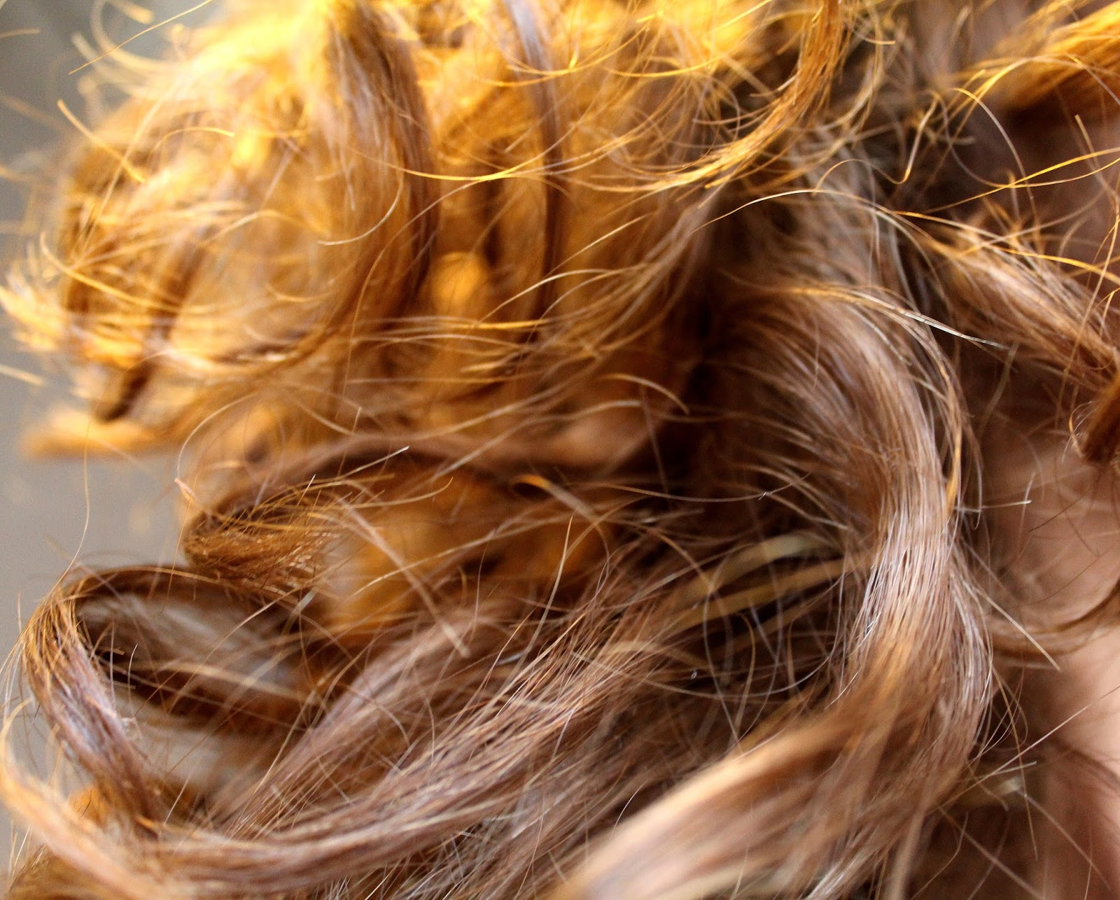 ma routine pour mes cheveux secs et bouclés