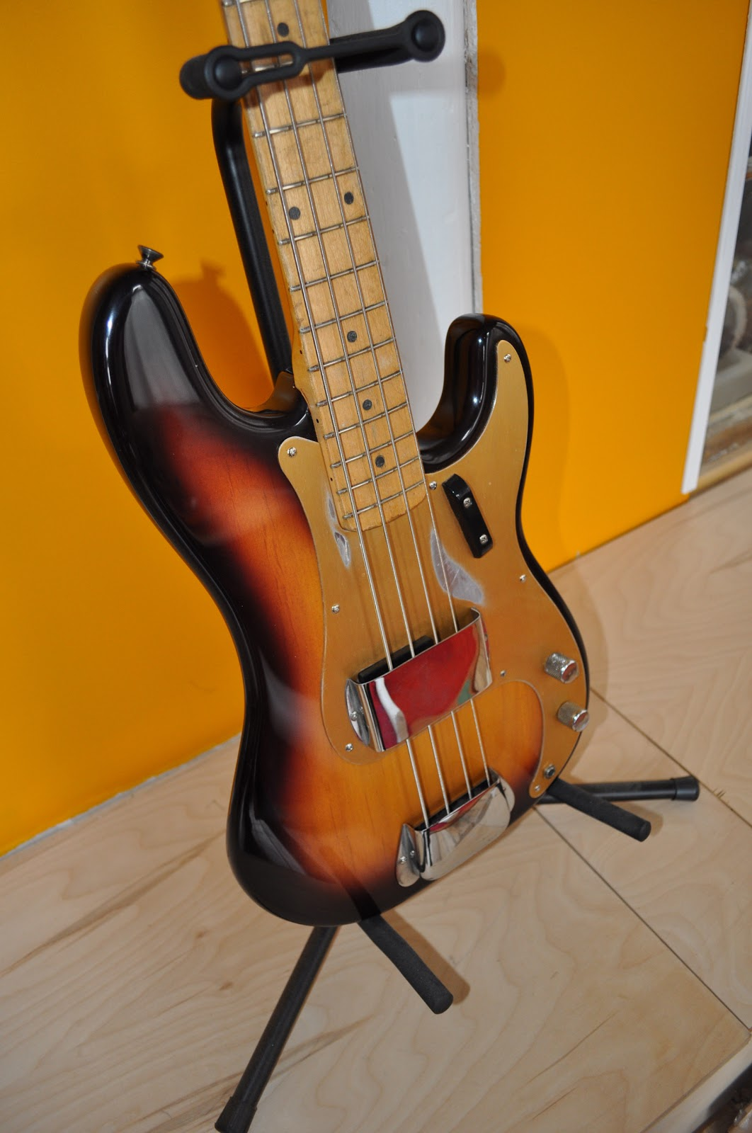 The Guitar Garage: 1959 Fender Precision: Restoring One of
