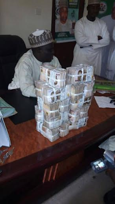 Bauchi State Govt explains viral photos of stacks of cash found in a Commissioner's office (See Photos)