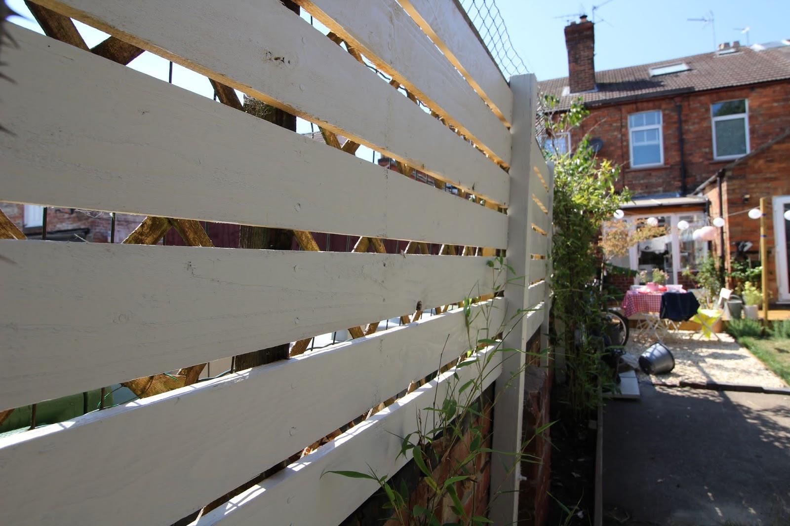 DIY Modern Slat Fence