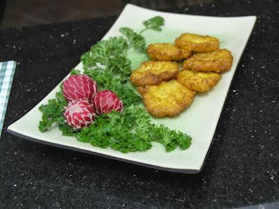 Món ăn ngon: Nghệ thuật trang trí đĩa chả cá