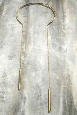 Collier plastron Soko laiton brut