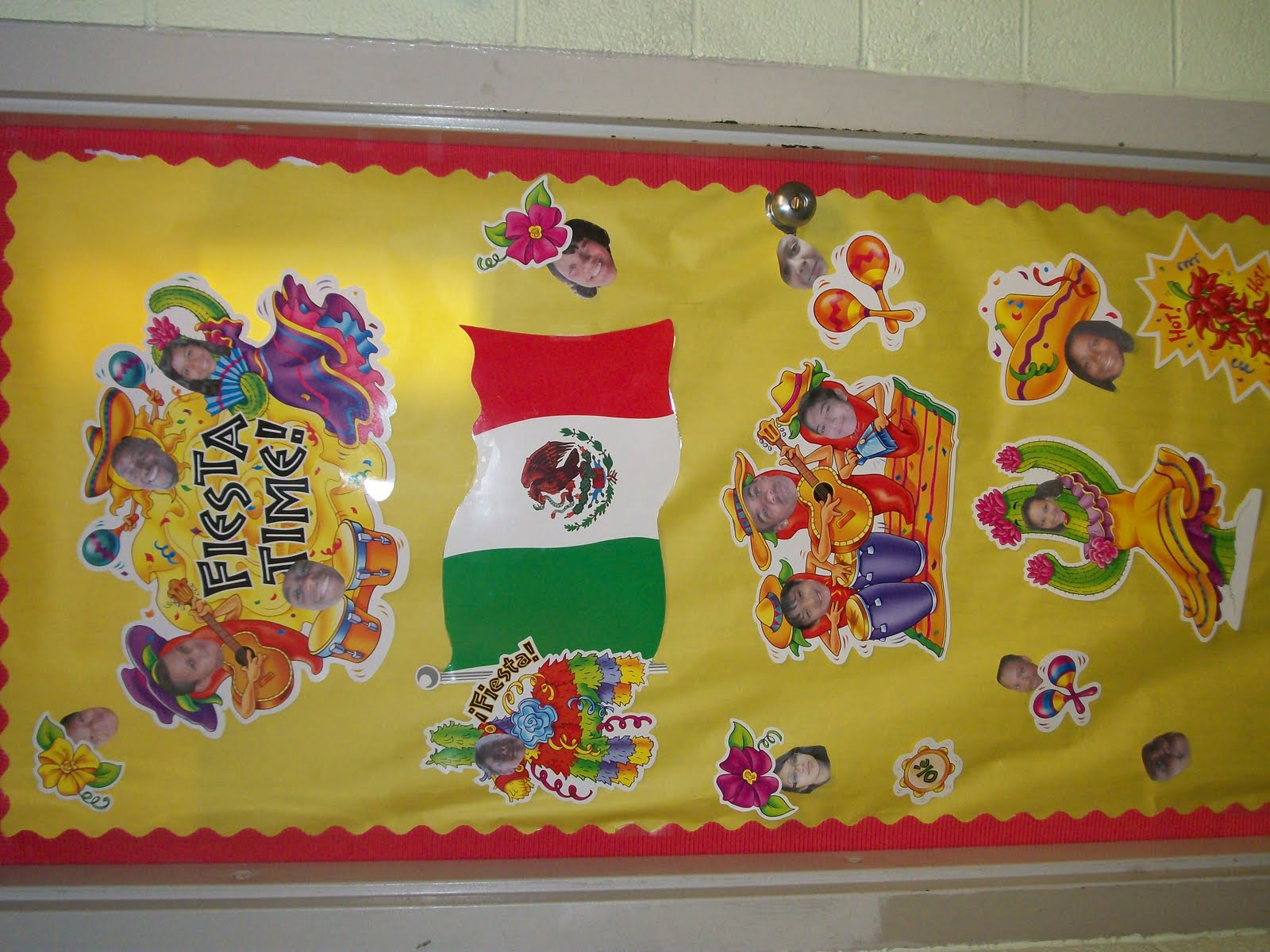Ms. Cunningham's Class Blog: Cinco de mayo door decorations