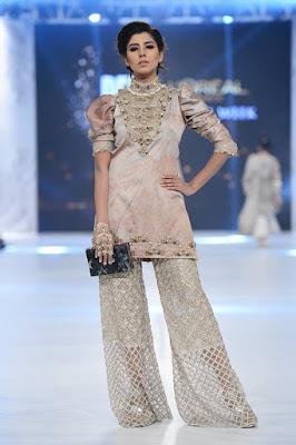 mahgul-luxury-bridal-dress-collection-at-bridal-fashion-week-2016-11