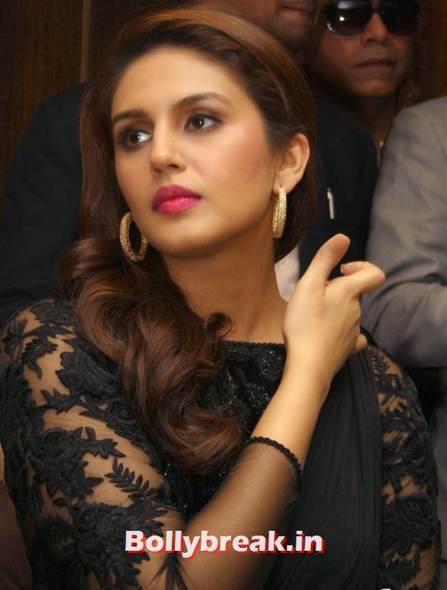 Huma Qureshi, Madhuri Dixit & Huma Qureshi Promote Film Dedh Ishqiya