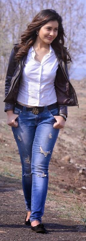 Rashi Khanna Stills From Joru Movie