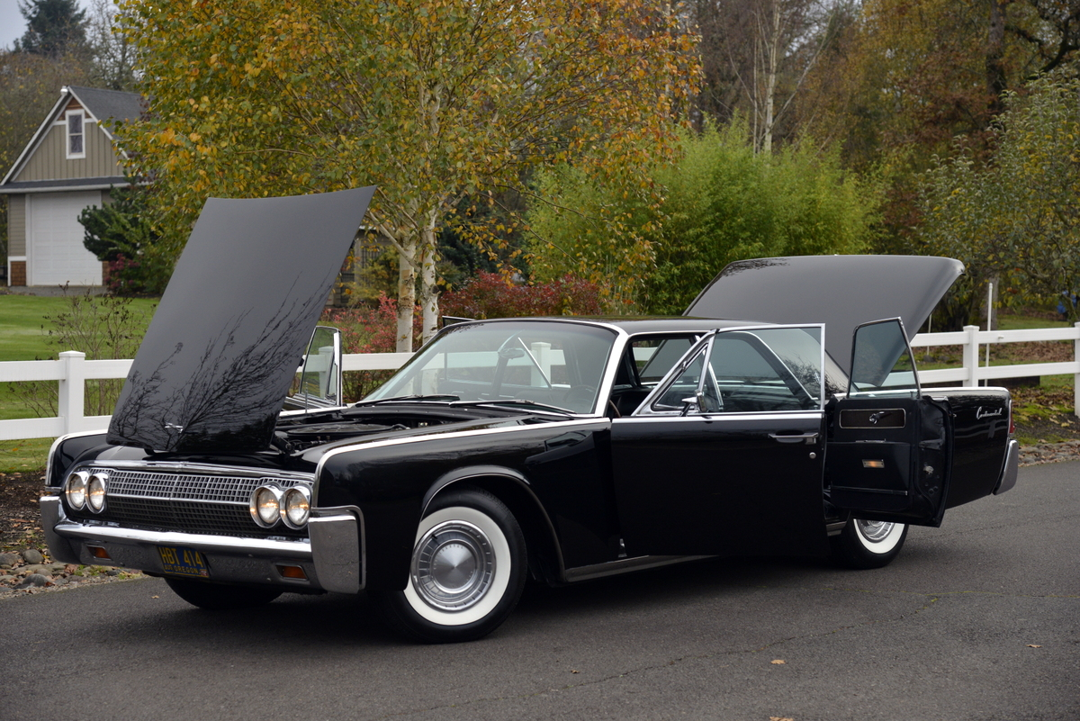 1963-LincolnContinental-12.jpg