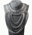 http://www.stylemoi.nu/multi-row-mixed-chain-bib-necklace.html