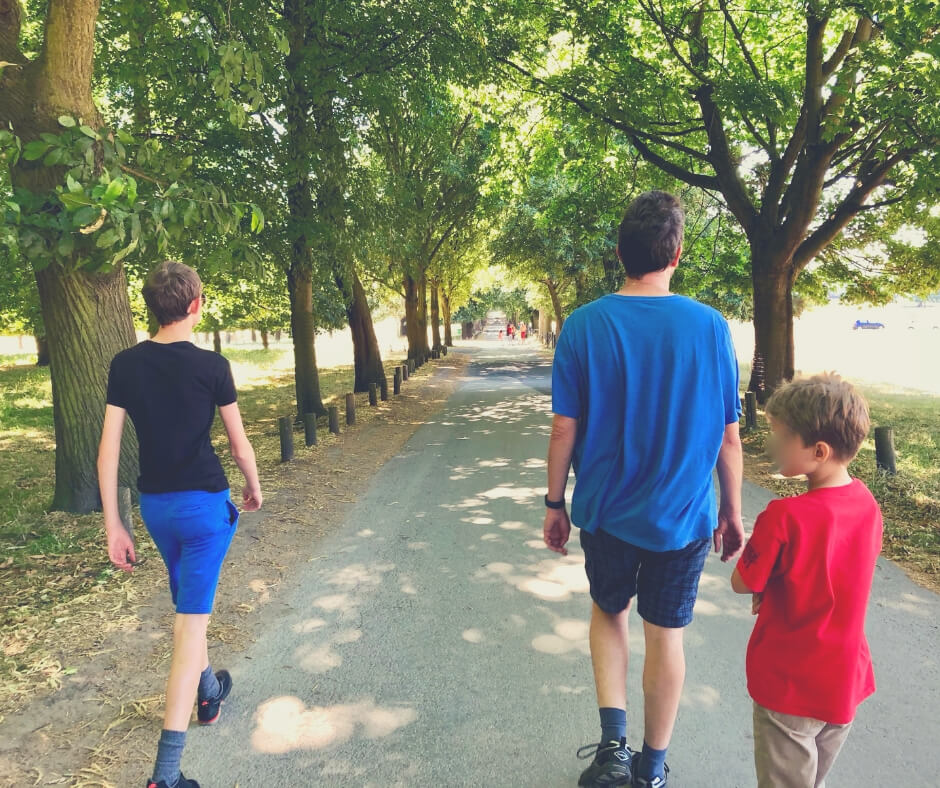 Why Spending Quality Time With Your Kids Is Good For You | Walking is a good way to get your kids talking.