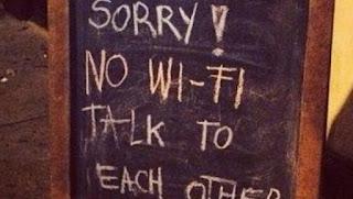Εστιατόριο κάνει 50% έκπτωση σ' όποιον κλείσει το κινητό του