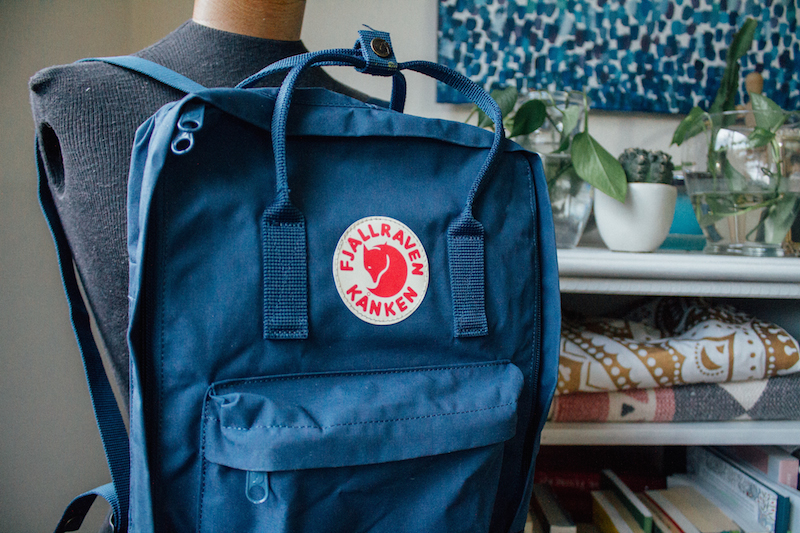 KÅNKEN' Water Resistant BackPack Review - Portland Oregon Blogger