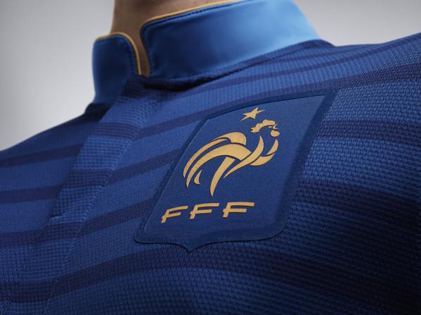 Una marca china, candidata a vestir a Francia