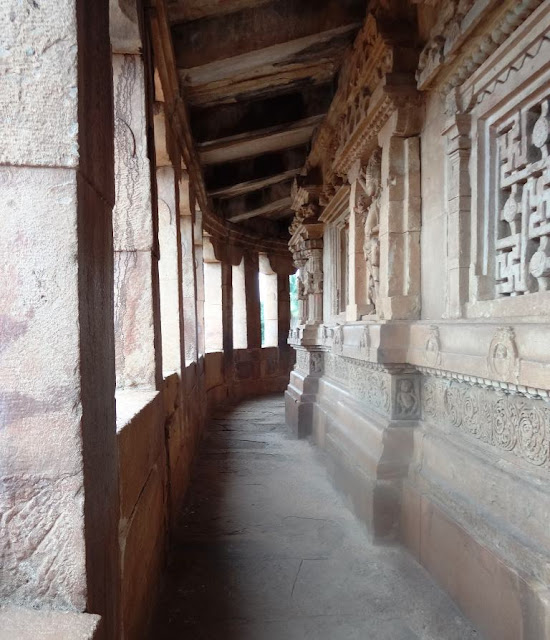 Places to see in Aihole - Durga temple - Art gallery