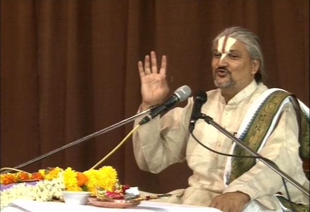 Bhagwat Pravakta Swami Ji Maharaj.