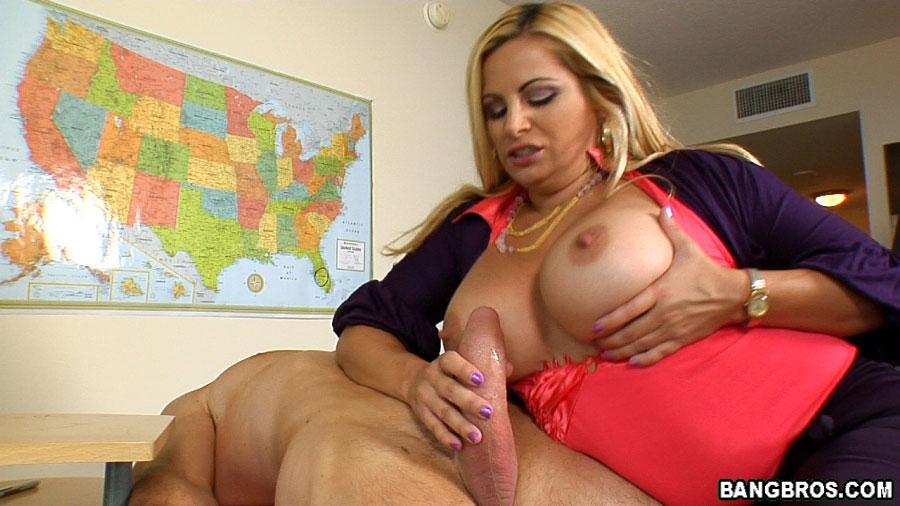 One milf carrie ann sucks and licks the other milf's pussy