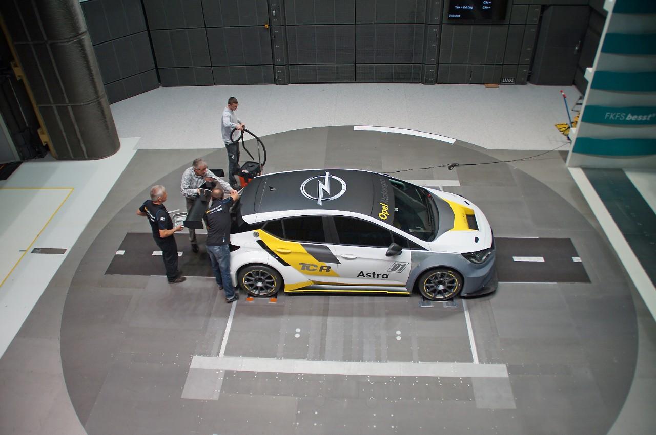cq5dam.web.1280.1280%2B%25282%2529 Τελειοποιώντας την αεροδυναμική του Astra Opel, Opel Astra, Opel Astra TCR, Rally, Τεχνολογία