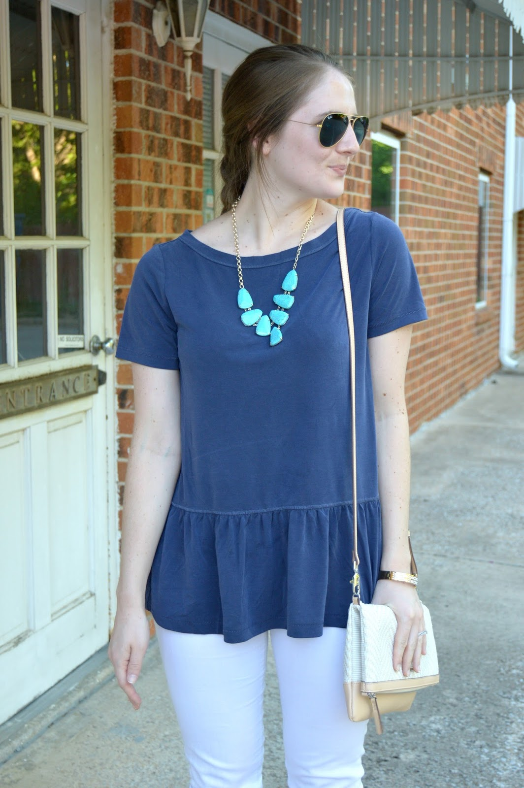 cute outfit ideas for summer | summer outfit ideas | what to wear with white denim | outfits for summer with white jeans | banana republic summer collection | your life styled | a memory of us |