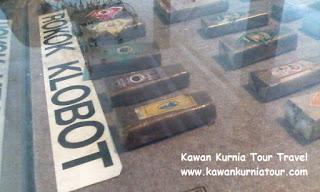 bungkus klobot dalam museum kretek kudus