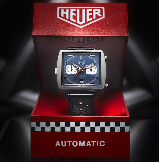 The Heuer Monaco Ref. 1133B in its original box - 1969