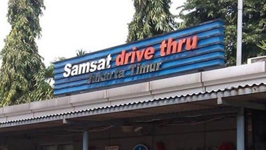 Cuma 5 Menitan, Bayar Pajak motor via Drive Thru Samsat Jakarta Timur