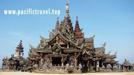 Khi du lịch Thái Lan bạn sẽ biết lâu đài Sanctuary of Truth ở Pattaya