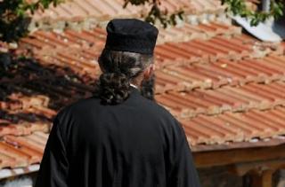 Βόλος: Ιερέας κρεμάστηκε λίγες ώρες πριν τον αρραβώνα του γιου του γιατί ντρεπόταν να ομολογήσει