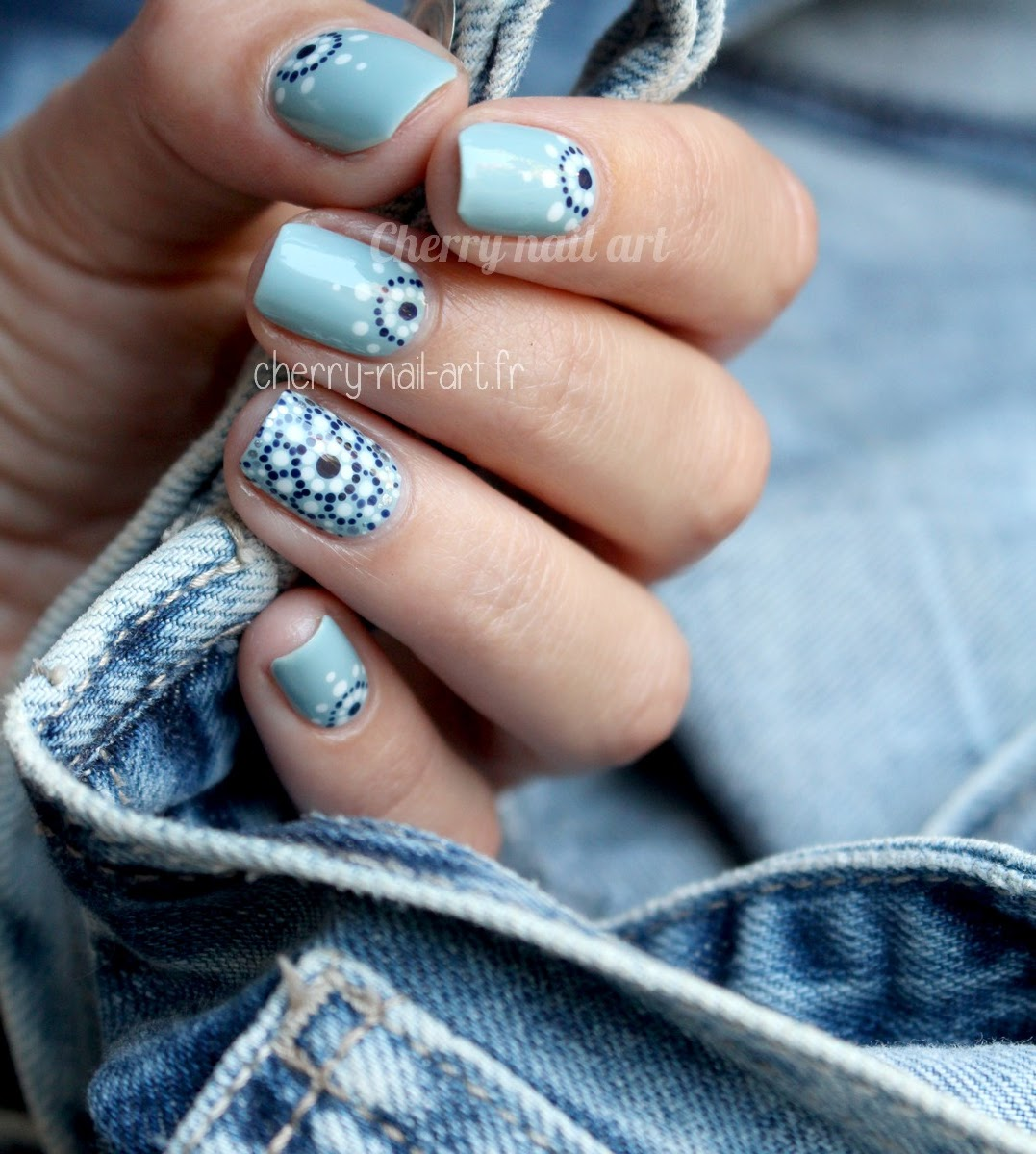 nail-art-points-dotting-mosaique