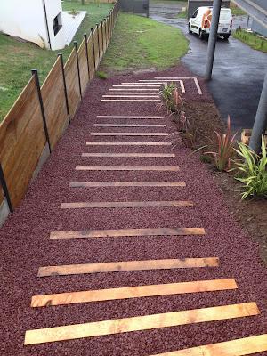 Escalier gravillon Coat Maen