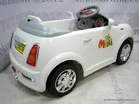 Mobil Mainan Aki Junior HD6879 Mini Cooper Medium