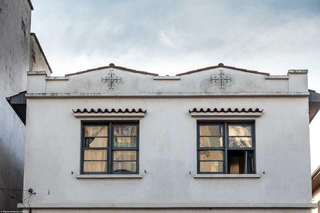 Casa na Rua Martim Afonso com ornamentos de ferro - detalhe
