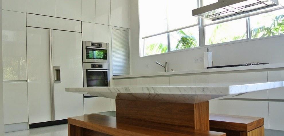 Muebles De Cocina : Bajo la ventana un lugar poco habitual para cocinar