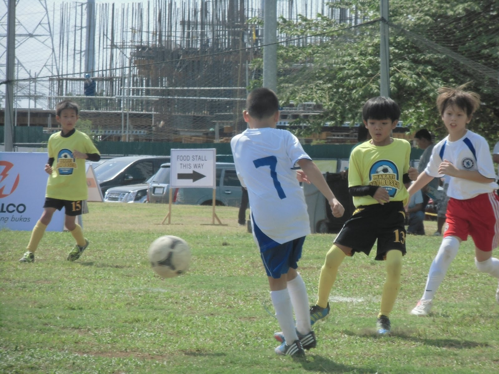 Lanco And Younghusbands Hold First Tribeca Footbal Festival Catriona Maika Top Handle Bag Pink Upscale Leisure Provider Landco Pacific Corporation In Partnership With Chelsea Fc Soccer School Philippines The Operated By Famed Football
