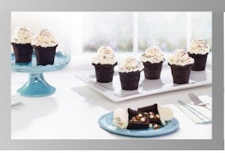 Baker's Advantage Fillable Cup Cakes