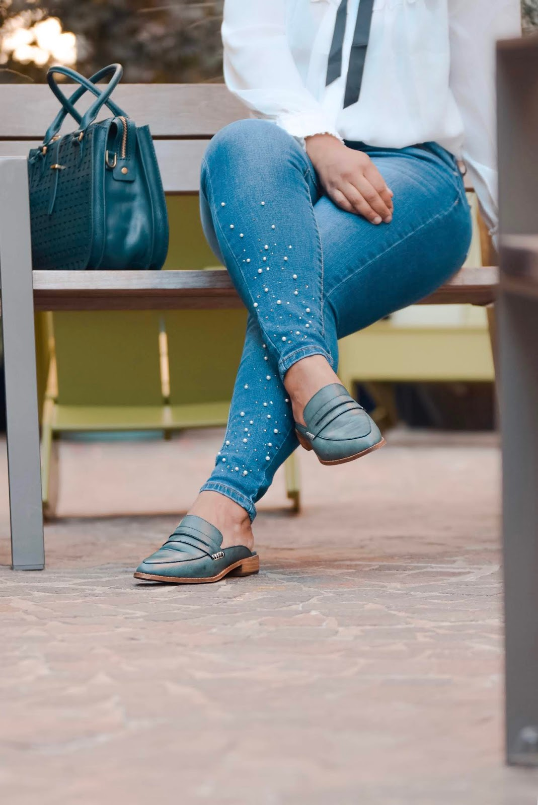 MiiM shoes, fall shoes, loafers, pearl jeans, mom bloggers, fall fashion, fall styles