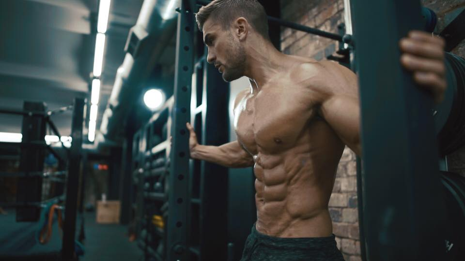 fitness model abs like ryan terry