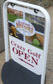 Photo of Splash Point Mini Golf's course sign