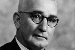 Teori Administrasi Negara Menurut William L. Morrow