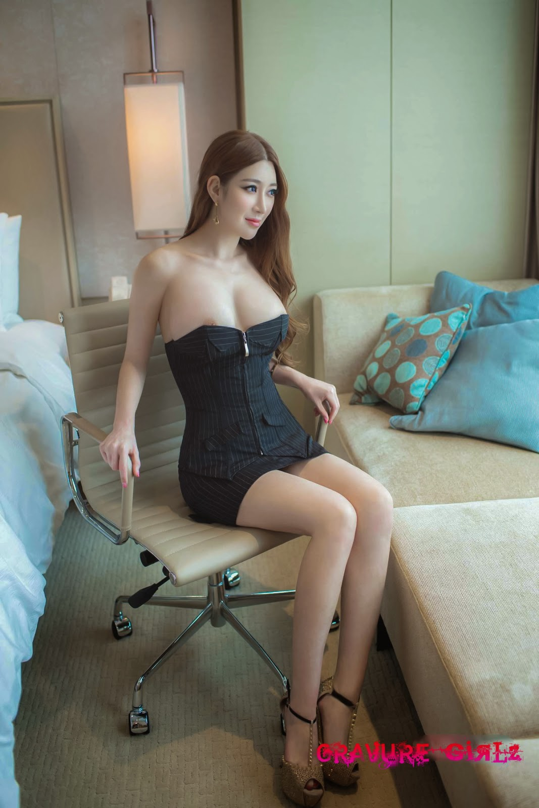 Nude model girl china