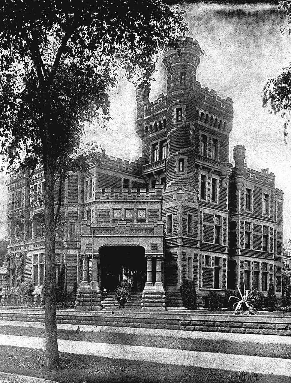 a private mansion in 1800s Chicago, a photograph