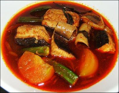 Asliya Rahman: Asam Pedas Ikan Pari & Sayur Pecal...yummy..!!!