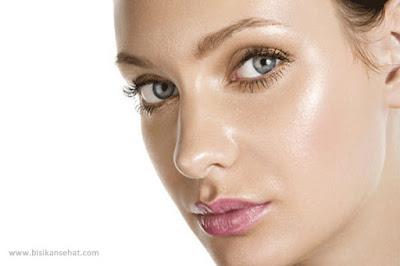 5 Tips Cara Mengatasi Wajah Berminyak Secara Alami