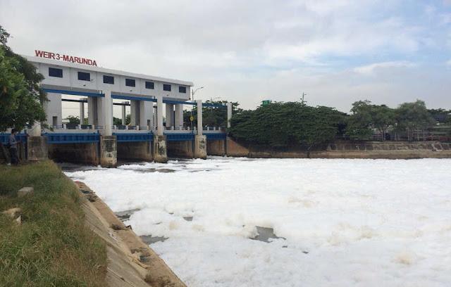 Kanal Cilincing Berbusa, Sandiaga Uno Salahkan Deterjen