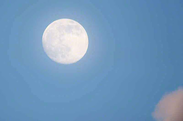moon, blue sky, white cloud