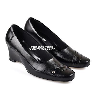 Sepatu Pantofel Wanita Formal Kantor Kerja Cewek