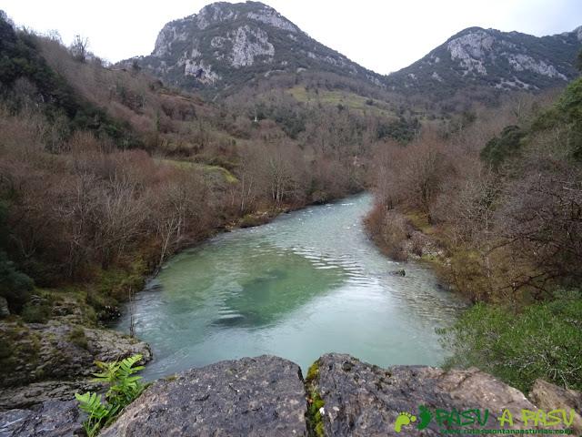 Río Cares desde Puente la Vidre