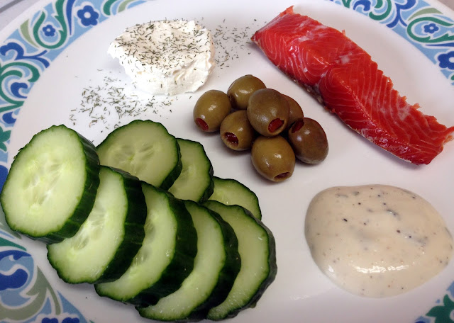 low carb meal smoked salmon