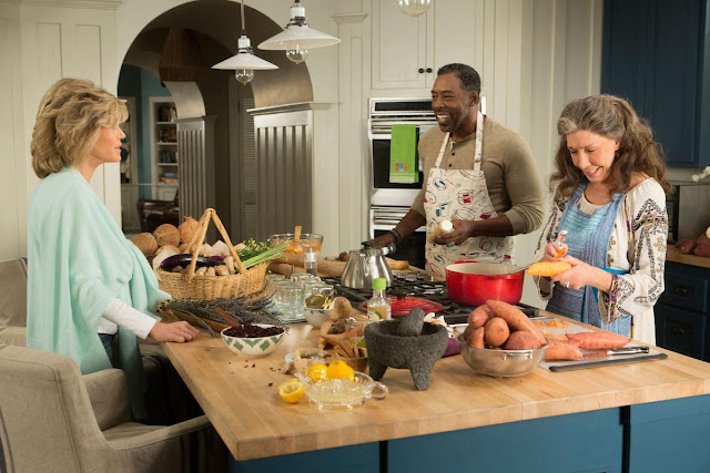 Grace and Frankie beach house kitchen island in Malibu