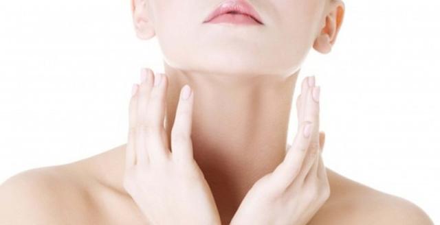 Tips Cerahkan Area Leher Dengan Bahan Alami